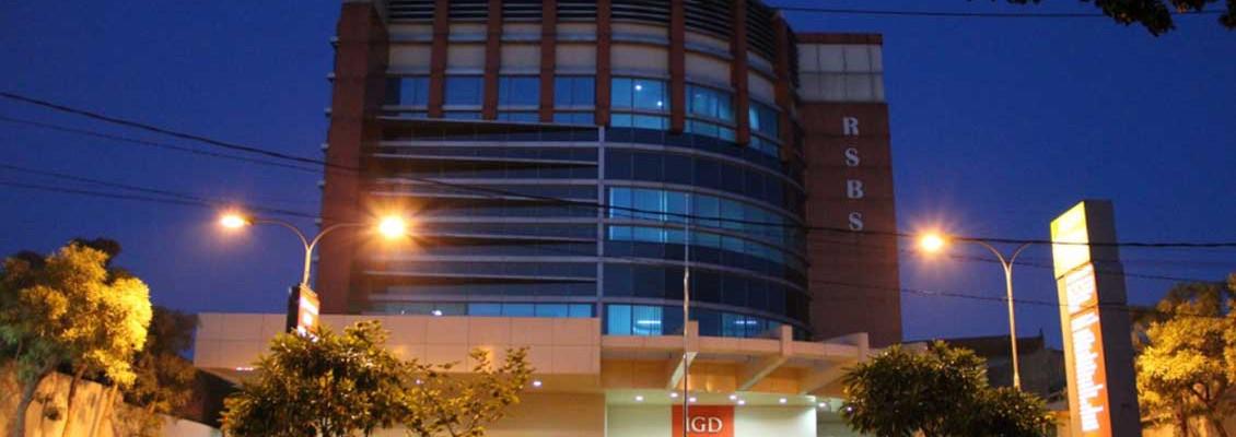 Rumah-Sakit-Bedah-Surabaya-night