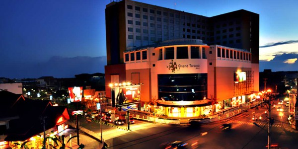 grand-gusher-mall-tarakan