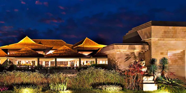 sheraton-mustika-jogja-night